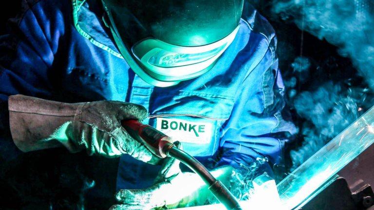 Schweißer bei Bonke Tube design